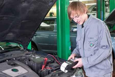 Fotomaterial für die Kundenwerbug zum Thema: Batterie Check.