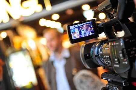 Fotografische Begleitung bei den Dreharbeiten einer Dokumentation zum Thema: Adoption.