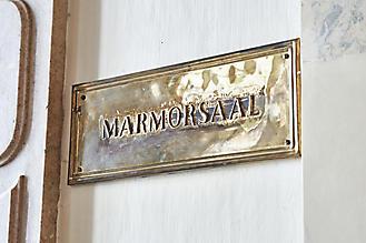 Hochzeit-Ines-Wolfram-Lucy-Schloss-Mirabell-Marmorsaal-Salzburg-_DSC8820-by-FOTO-FLAUSEN