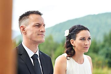 Hochzeit-Katrin-Matthias-Winterstellgut-Annaberg-Salzburg-_DSC2229-by-FOTO-FLAUSEN