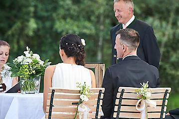 Hochzeit-Katrin-Matthias-Winterstellgut-Annaberg-Salzburg-_DSC2255-by-FOTO-FLAUSEN