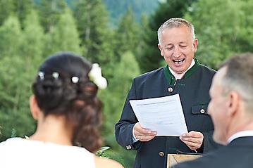 Hochzeit-Katrin-Matthias-Winterstellgut-Annaberg-Salzburg-_DSC2411-by-FOTO-FLAUSEN