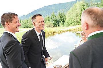 Hochzeit-Katrin-Matthias-Winterstellgut-Annaberg-Salzburg-_DSC2537-by-FOTO-FLAUSEN