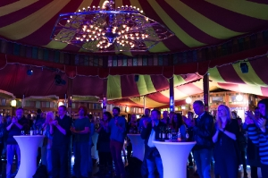 Rosa-Brown-Winterfest-Salzburg-9783-FOTO-FLAUSEN