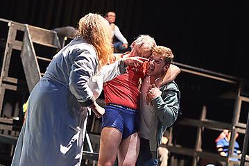 Theater-Ecce-Schlafstoerung-Arge-Salzburg-_DSC9638-by-FOTO-FLAUSEN