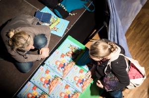 Vielfalt-Kunsthandwerk-Markt-EmailWerk-Seekirchen-8254