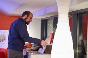 183-2016-11-18-Vielfalt-Markt-Seekirchen-EmailWerk-KunstBox-Konzert-Rosa-Brown-_DSC4820-by-FOTO-FLAUSEN