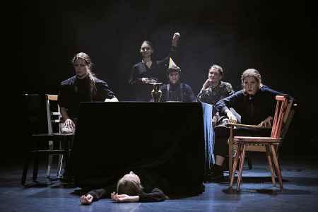 TRAK Dance Ensemble aus Salzburg in der ARGE
