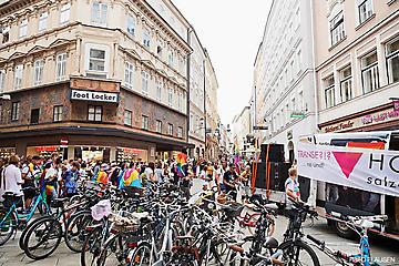 CSD-Pride-Demo-HOSI-Salzburg-_b-DSC0416-FOTO-FLAUSEN