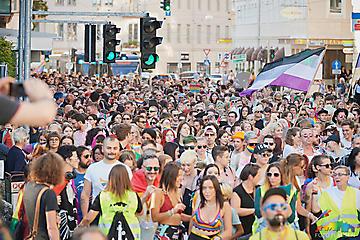 324-HOSI-CSD-Pride-Salzburg-_DSC0257-FOTO-FLAUSEN