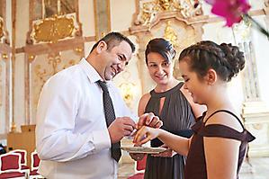 Hochzeit-Ines-Wolfram-Lucy-Schloss-Mirabell-Marmorsaal-Salzburg-_DSC8983-by-FOTO-FLAUSEN