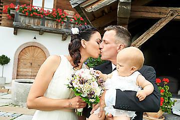 Hochzeit-Katrin-Matthias-Winterstellgut-Annaberg-Salzburg-_DSC2118-by-FOTO-FLAUSEN