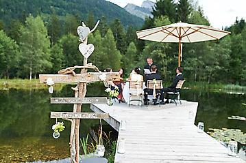 Hochzeit-Katrin-Matthias-Winterstellgut-Annaberg-Salzburg-_DSC2220-by-FOTO-FLAUSEN