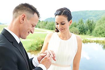 Hochzeit-Katrin-Matthias-Winterstellgut-Annaberg-Salzburg-_DSC2348-by-FOTO-FLAUSEN