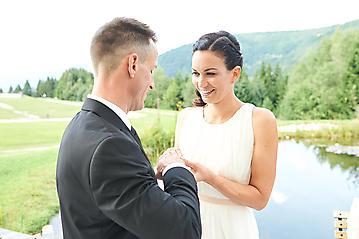 Hochzeit-Katrin-Matthias-Winterstellgut-Annaberg-Salzburg-_DSC2371-by-FOTO-FLAUSEN