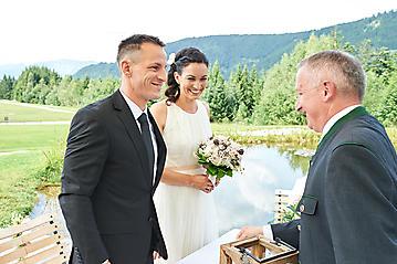 Hochzeit-Katrin-Matthias-Winterstellgut-Annaberg-Salzburg-_DSC2497-by-FOTO-FLAUSEN