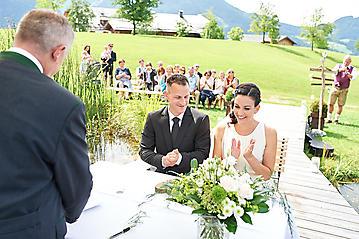 Hochzeit-Katrin-Matthias-Winterstellgut-Annaberg-Salzburg-_DSC2532-by-FOTO-FLAUSEN