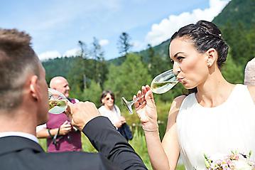 Hochzeit-Katrin-Matthias-Winterstellgut-Annaberg-Salzburg-_DSC2605-by-FOTO-FLAUSEN
