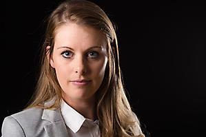 Sabrina-Schulze-Portraet-0012-by-FOTO-FLAUSEN