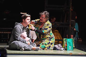 Theater-Ecce-Schlafstoerung-Arge-Salzburg-_DSC9446-by-FOTO-FLAUSEN