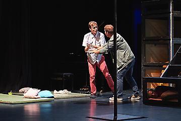 Theater-Ecce-Schlafstoerung-Arge-Salzburg-_DSC9494-by-FOTO-FLAUSEN