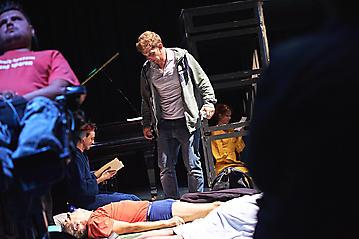 Theater-Ecce-Schlafstoerung-Arge-Salzburg-_DSC9617-by-FOTO-FLAUSEN