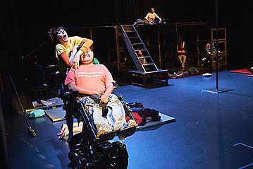 Theater-Ecce-Schlafstoerung-Arge-Salzburg-_DSC9647-by-FOTO-FLAUSEN